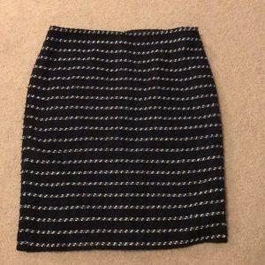 Ann Taylor factory skirt. Black/blue/white Size 10